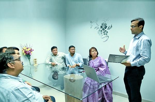 Business Consultant Team